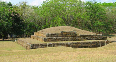 Ruinas Mayas de San Andrés