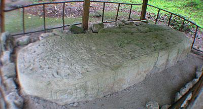 Dinastías: herencia del poder maya